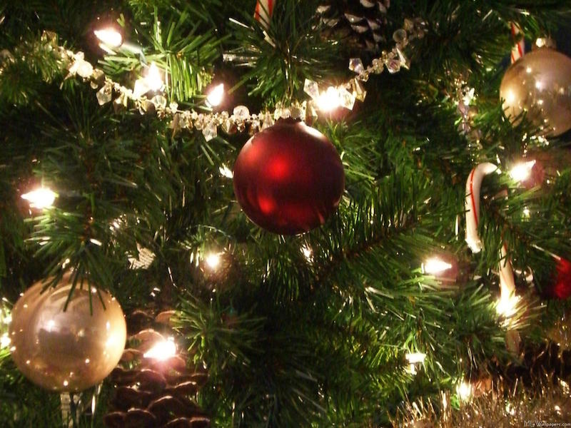 christmas-tree-wallpaper-1